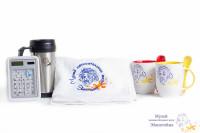 термокружка, кружка с ложкой, полотенце с логотипом музея